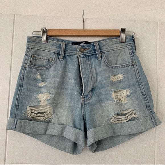 Hollister Pants - Hollister High Rise Boyfriend Shorts